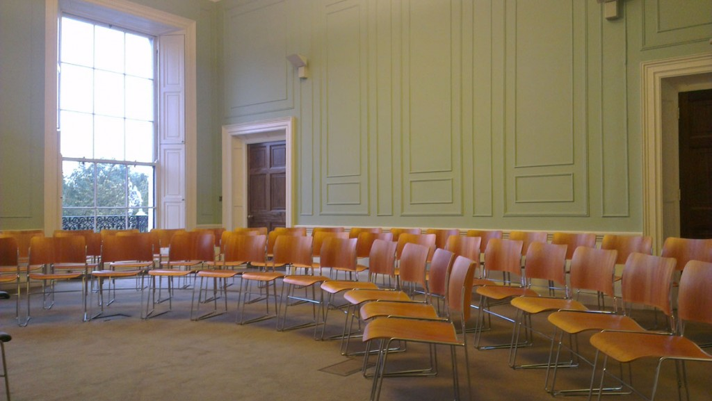 Flixible seating
